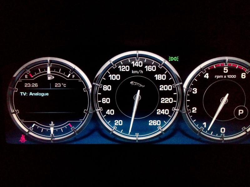 Jaguar XJL Images 7