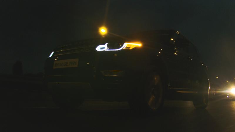 Range Rover Sport Night Tracking