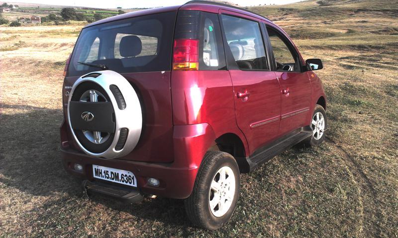 Mahindra Quanto rear right profile