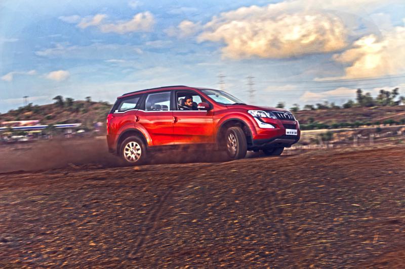 Mahindra XUV500 Images 5