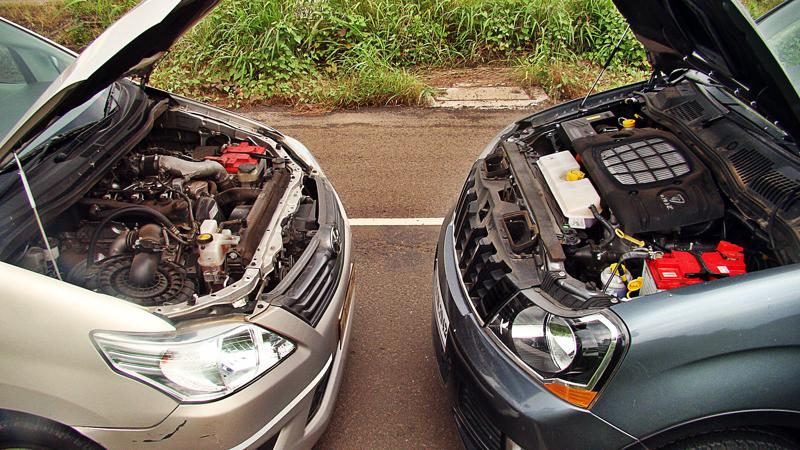 Mahidnra Xylo Vs Toyota Innova Pictures 19