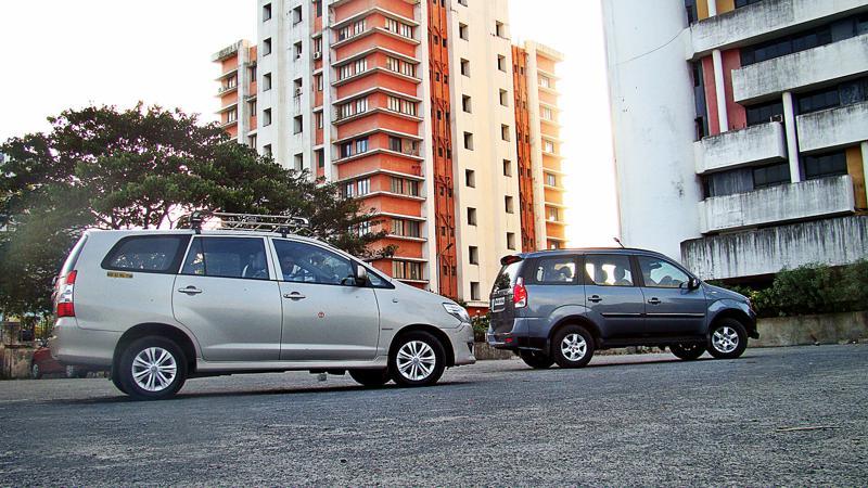 Mahidnra Xylo Vs Toyota Innova Pictures 6