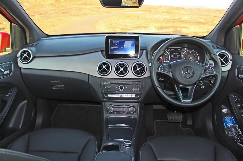 Mercedes Benz B Class Photos 10