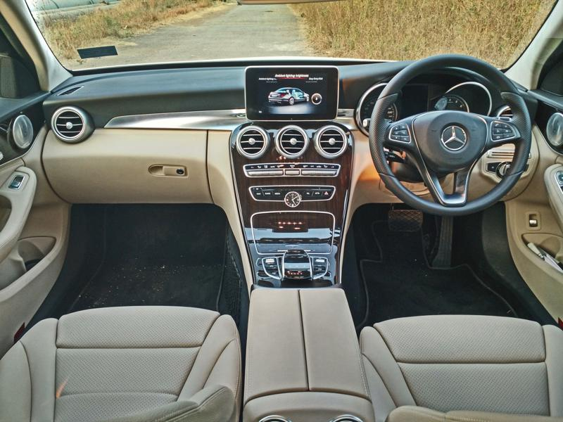 Mercedes Benz C Class Images 11