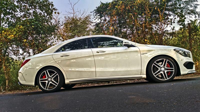 Mercedes Benz CLA45 AMG Photos 1