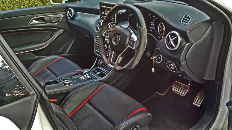 Mercedes Benz CLA45 Images 3