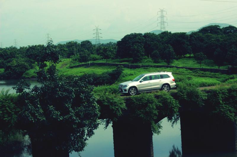 Mercedes Benz GL Class Images 14