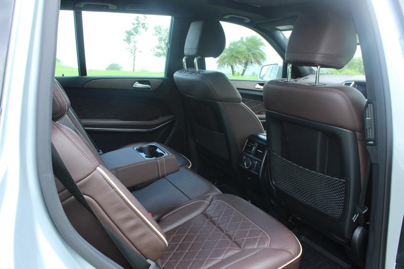 Mercedes Benz GL Class Images 23