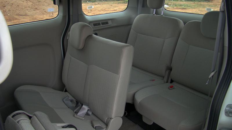 Nissan Evalia Picture 11
