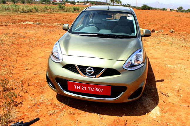 Nissan Micra mew color new pic
