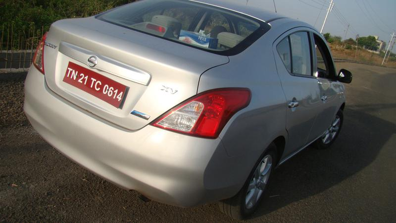 Nissan Sunny Picture 45