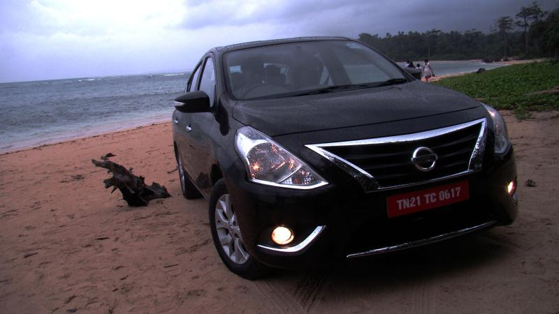 2014 Nissan Sunny Review 13