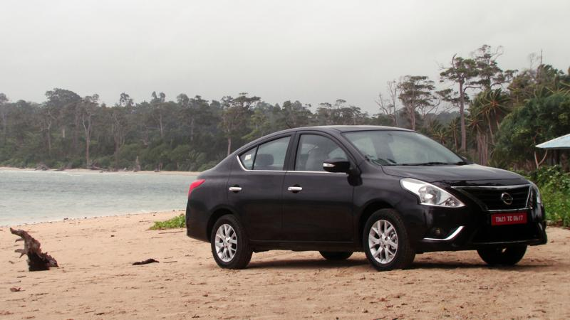 2014 Nissan Sunny Review 16