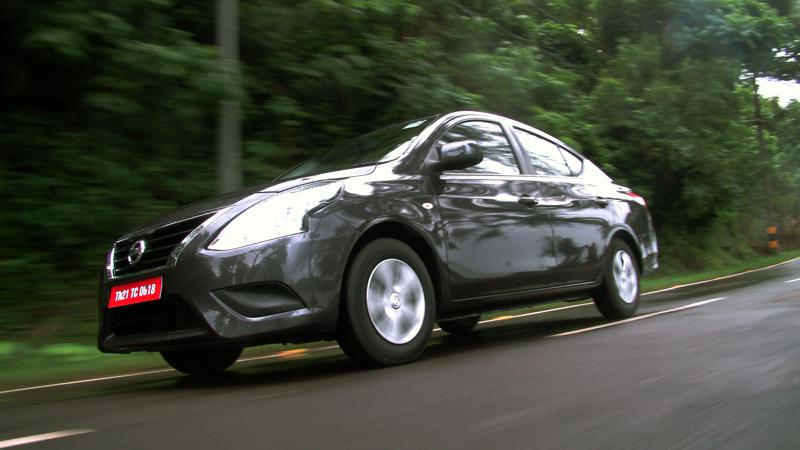 2014 Nissan Sunny Review 21