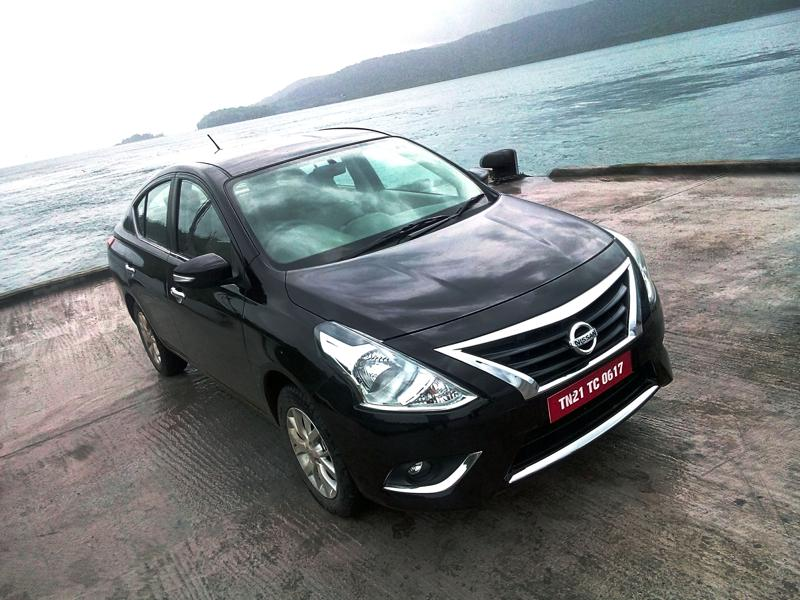 2014 Nissan Sunny Review 25