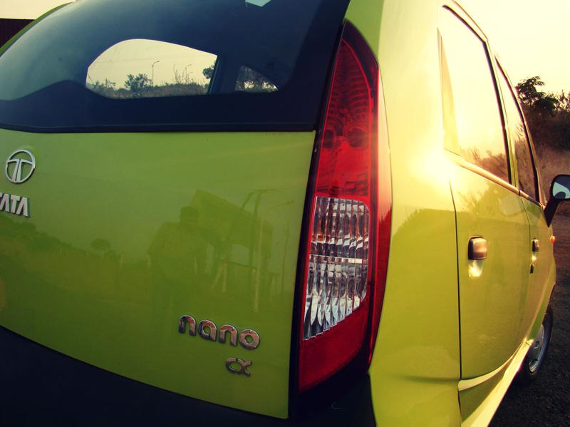 Tata Nano Dec Review Exterior (36)