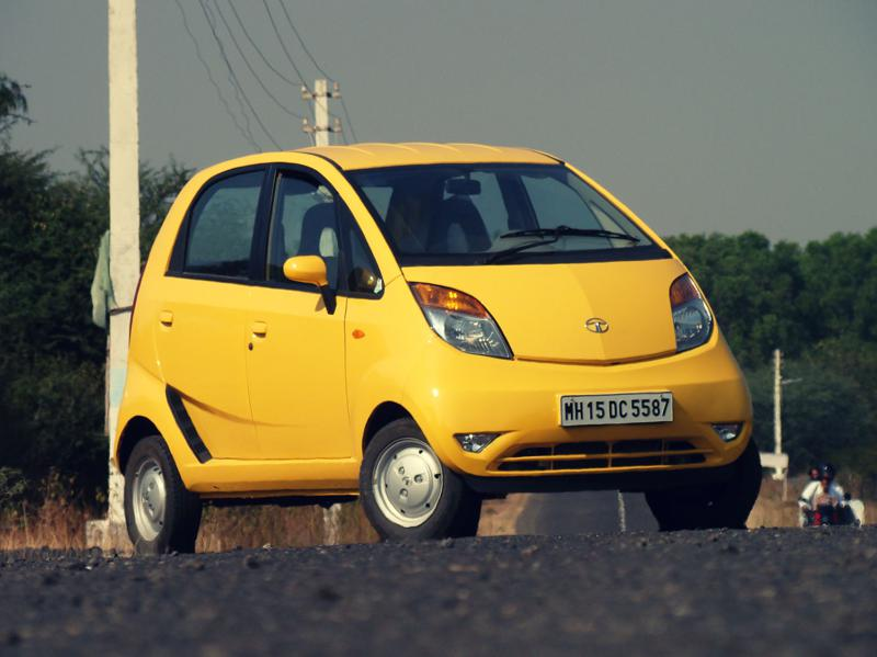 Tata Nano Dec Review Exterior (39)