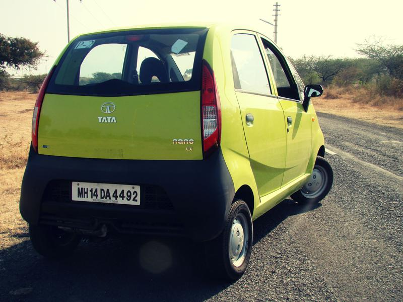 Tata Nano Dec Review Exterior (43)