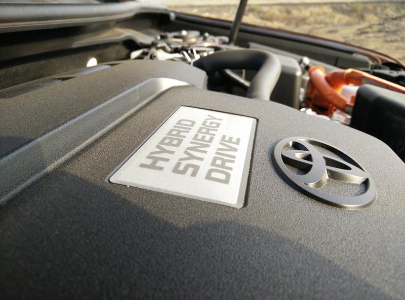 Toyota Camry Hybrid Images 2