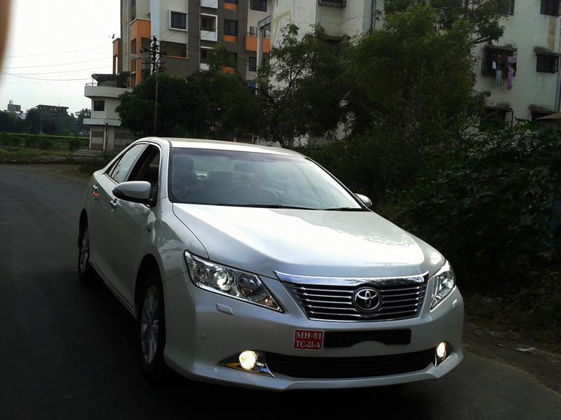 Toyota Camry Front image