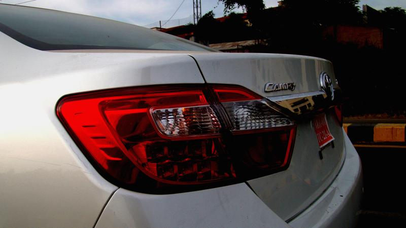 Toyota Camry tail lamps