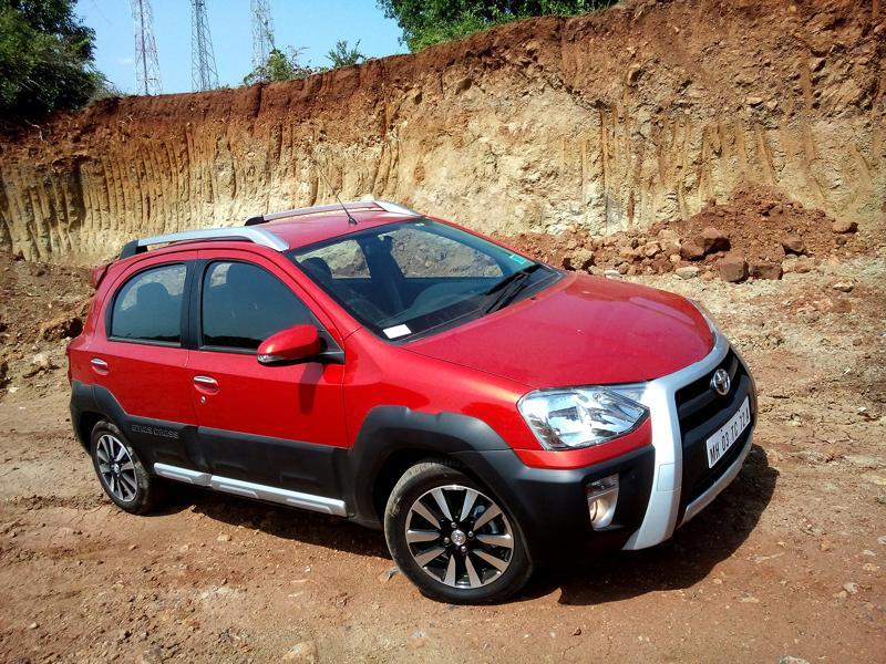 2014 Toyota Etios Cross Photos 6