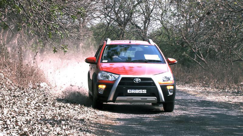 Toyota Etios Cross Pictures 19