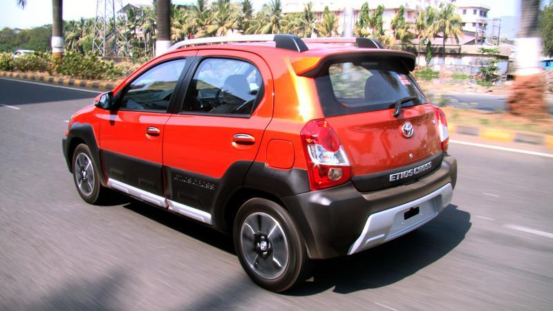 Toyota Etios Cross Pictures 20