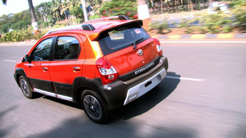 Toyota Etios Cross Pictures 21