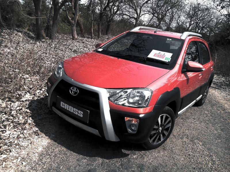 Toyota Etios Cross Pictures 4