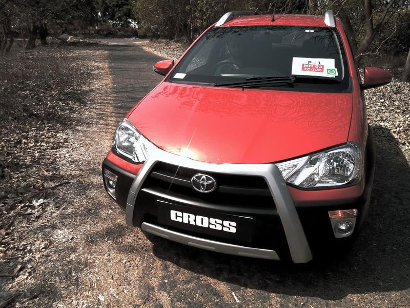 Toyota Etios Cross Pictures 8