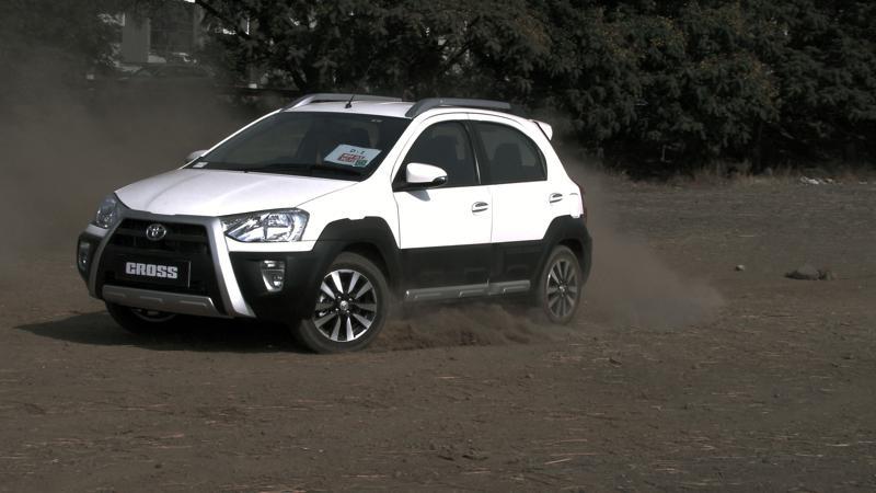 Toyota Etios Cross Pictures 9