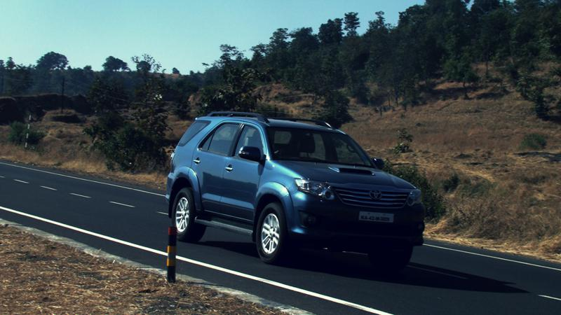 Toyota Fortuner drive