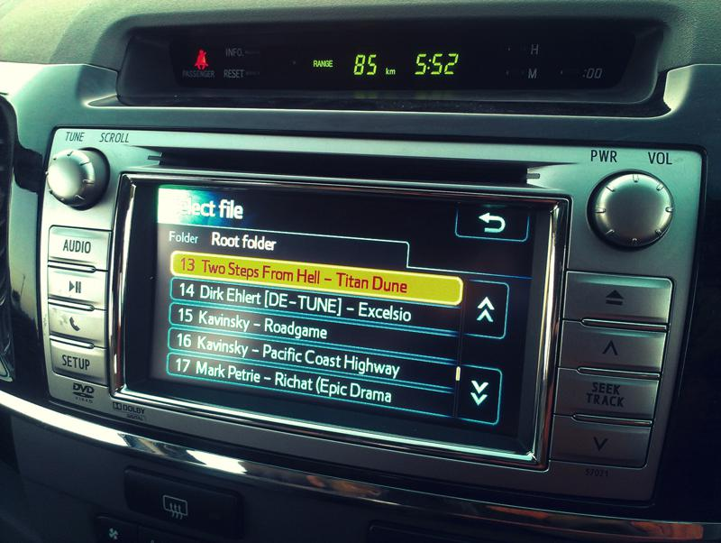 Toyota Fortuner music system
