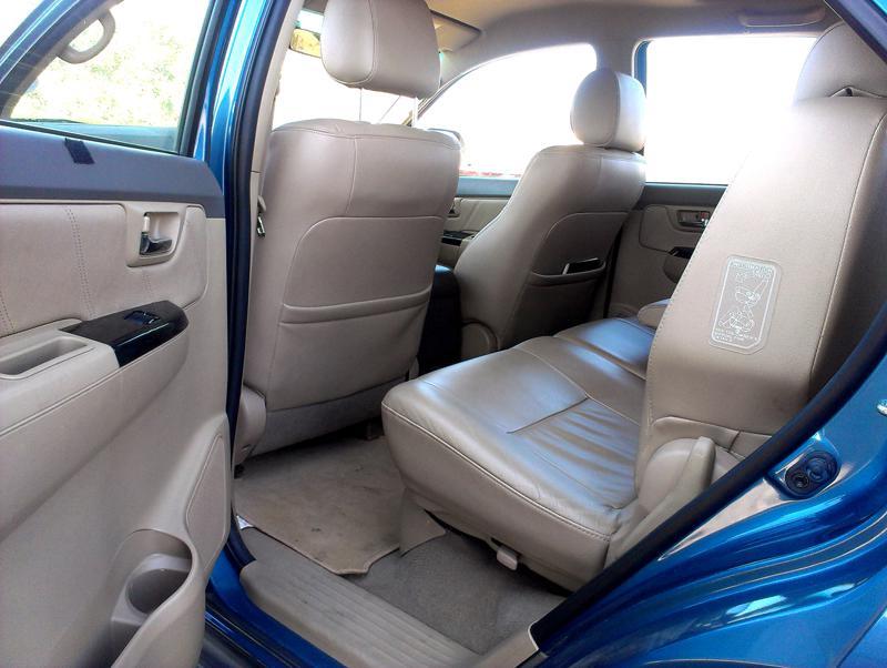 Toyota Fortuner passenger space