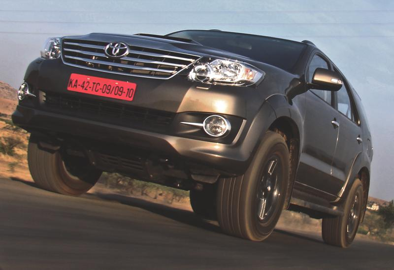 2015 Toyota Fortuner 4x4 AT Review