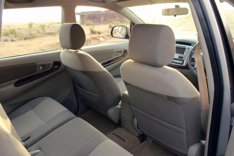 Toyota Innova Headroom Image