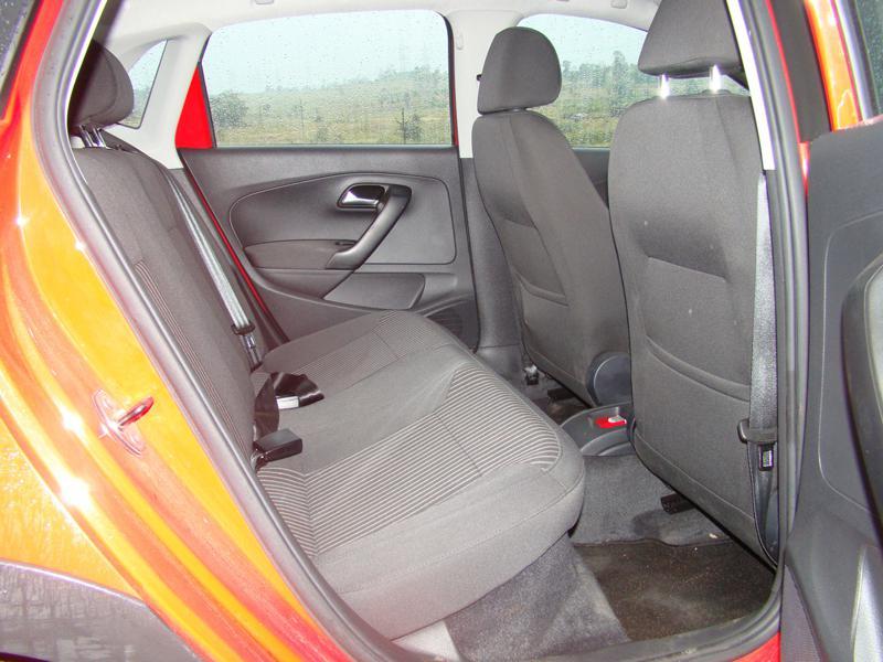 Volkswagen Cross Polo Images 6