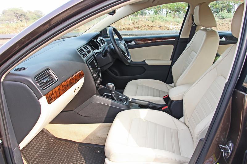 Volkswagen Jetta Images 11