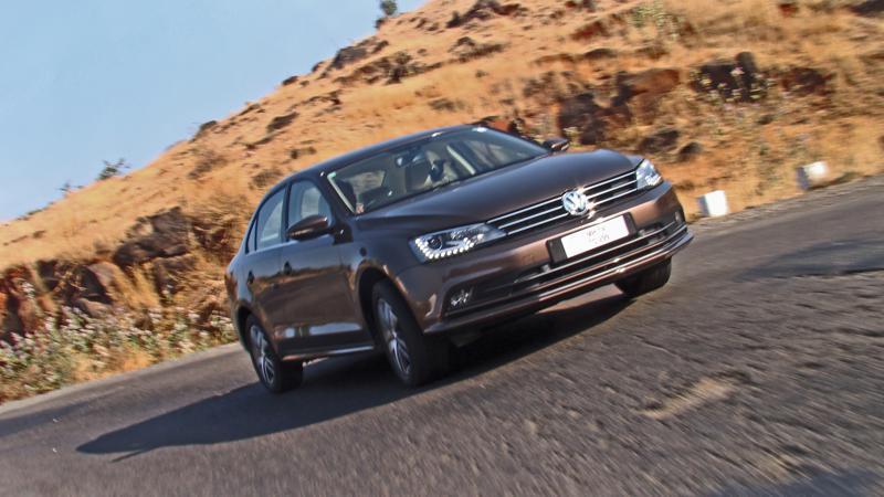 Volkswagen Jetta Images 18