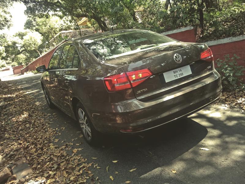 Volkswagen Jetta Images 3