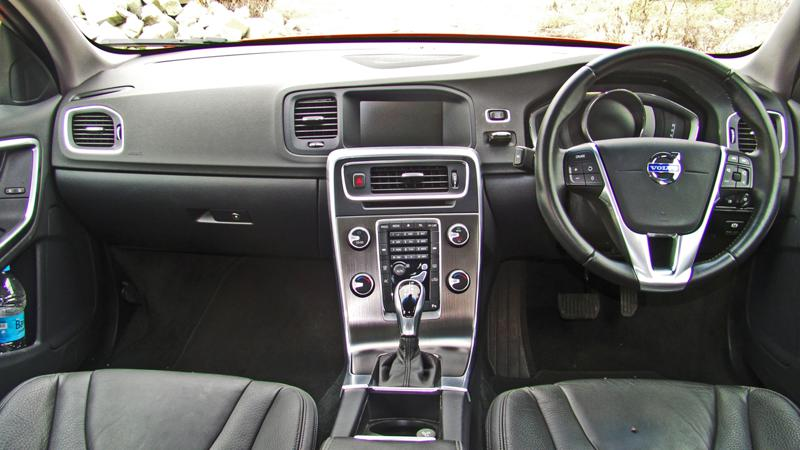 Volvo S60 Images 10