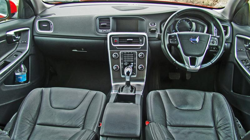 Volvo S60 Images 11