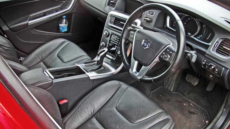 Volvo S60 Images 17