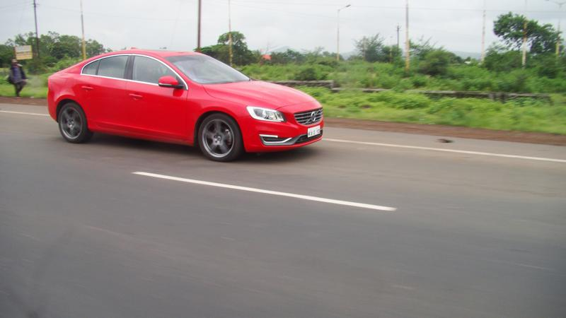 Volvo S60 Images 25