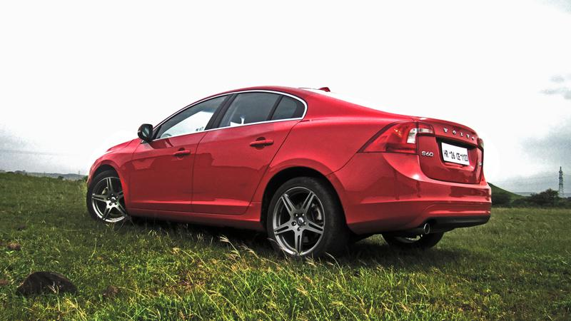 Volvo S60 Photos 11