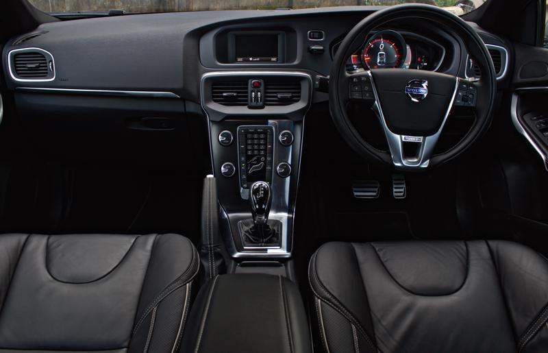 Volvo V40 interiors