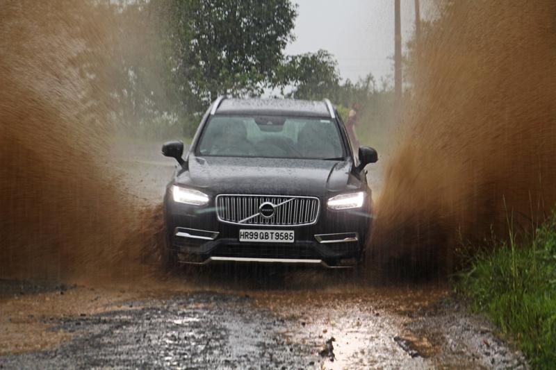 Volvo XC90 Images 19