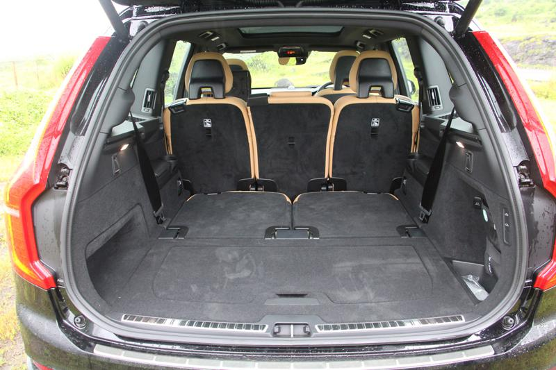 Volvo XC90 Photos 19