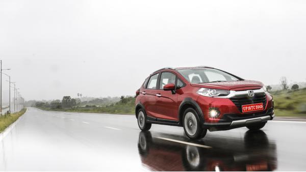 2020 Honda WR-V Diesel Manual First Drive Review - CarTrade